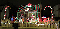Hollys Tacky Christmas Lights In Maryland